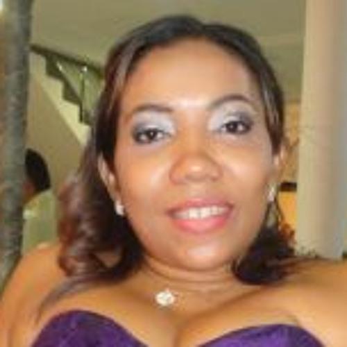 Rosa Fernandes 2's avatar