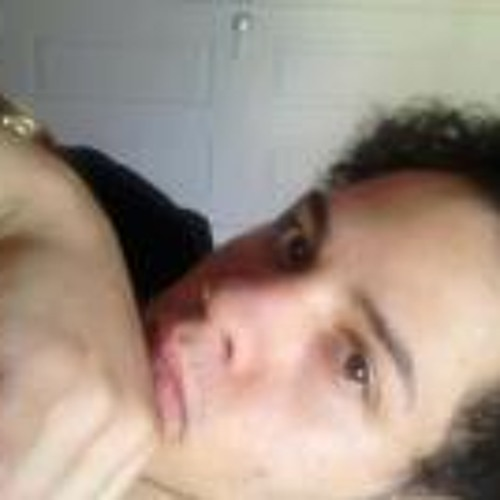 Bryan Tiga Reyes's avatar