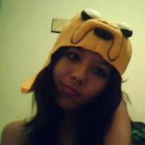 Monzerrat Flores's avatar