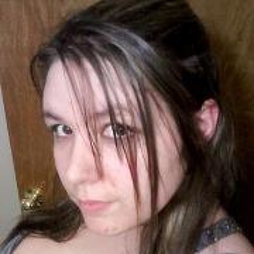 Staci Nadeau's avatar