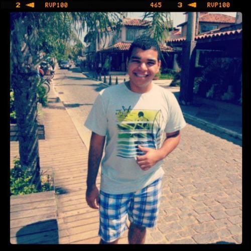 Fabio Andrade's avatar