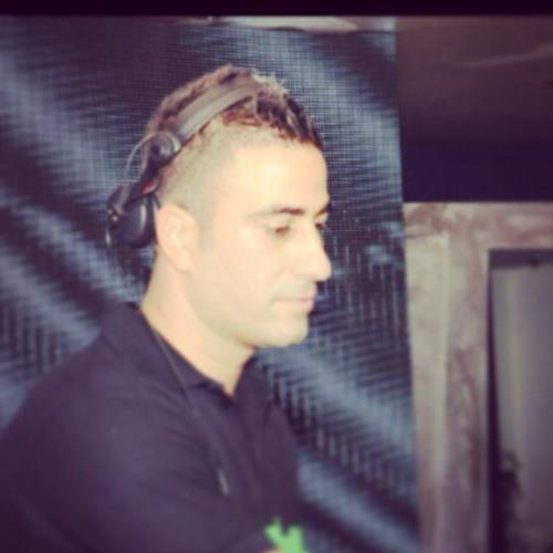 DJ izik b's avatar