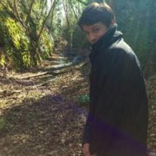 Luke Arnold 5's avatar