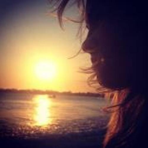 Paloma Aguiar Meireles's avatar