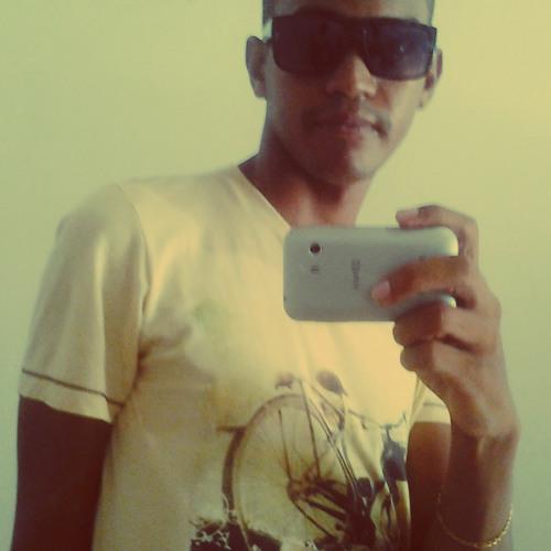 Aleff Monteiro's avatar