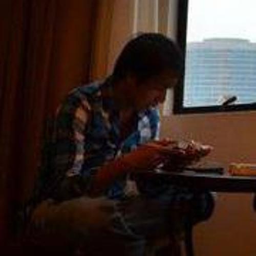 Serry Oji Domingo's avatar