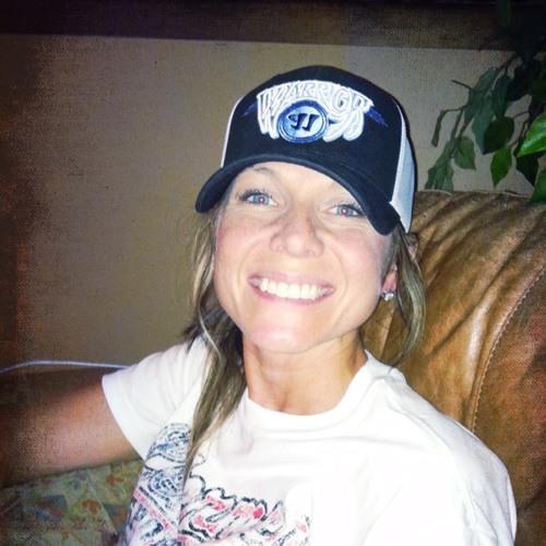 hockeymomma22's avatar