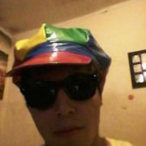 Vicho Reyes's avatar