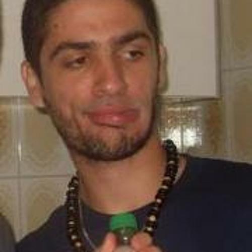 Conrado Marrelli's avatar