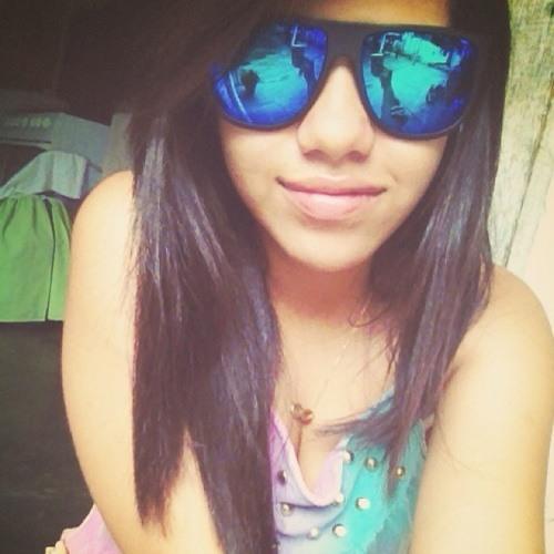 Luiza Fabricio.'s avatar