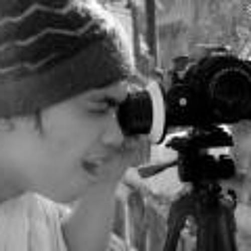 Russel Llarena's avatar