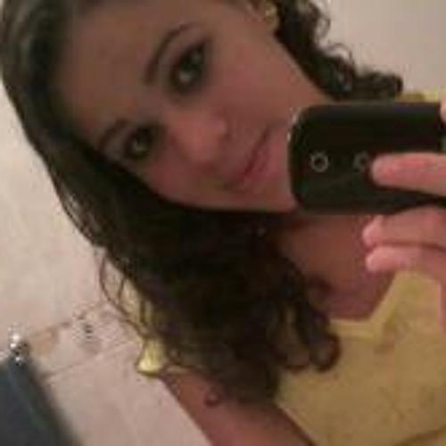 Juliani Fernandes's avatar