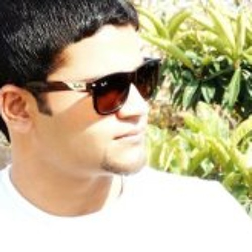 SJ Zeeshan Ahmed's avatar