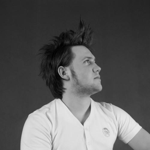 Enzo Harsh's avatar