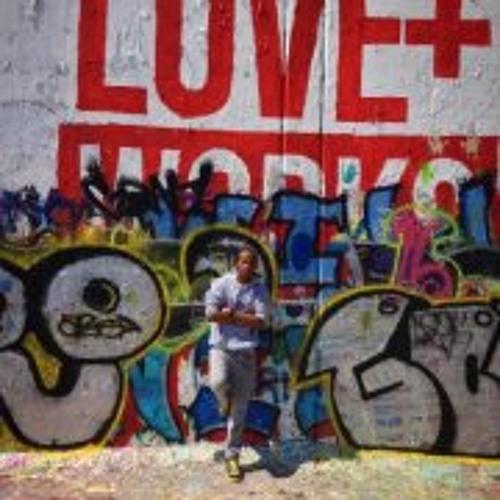 Amour Muro's avatar