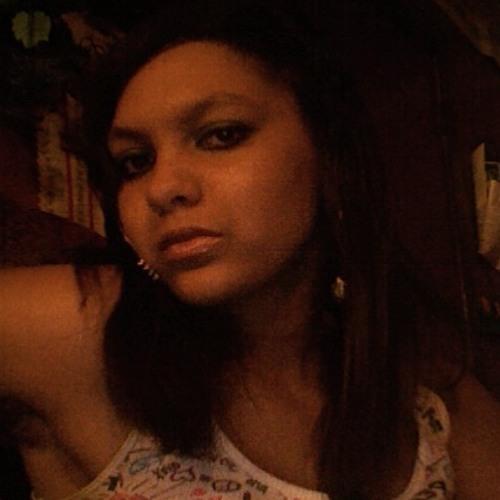 Victoria Monique Oliver's avatar