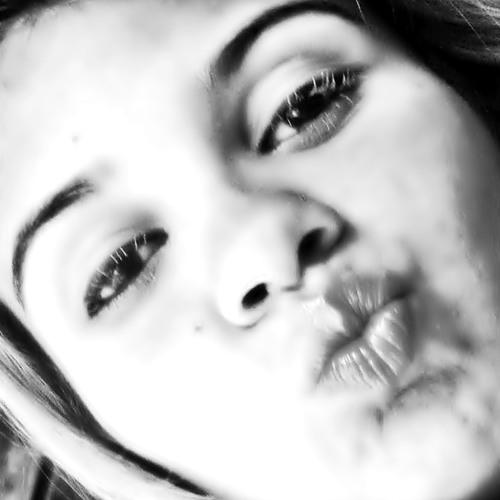 MayaraCarvalho22's avatar