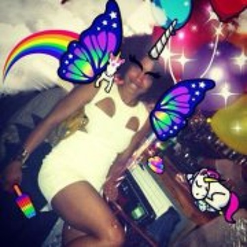Raquel Hughes's avatar