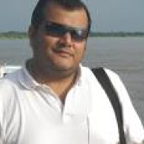 Luis Fernando Trujillo's avatar