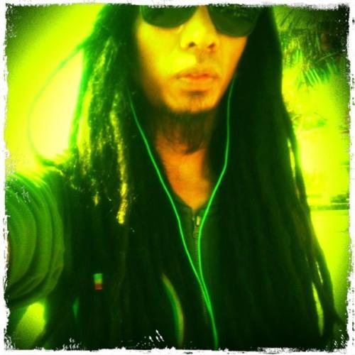 Newry's avatar