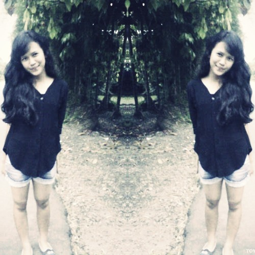 nadiya camelia's avatar