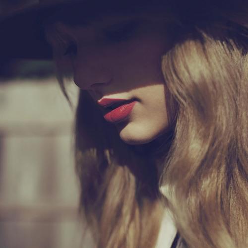 Music Lover13(Lliyah)'s avatar