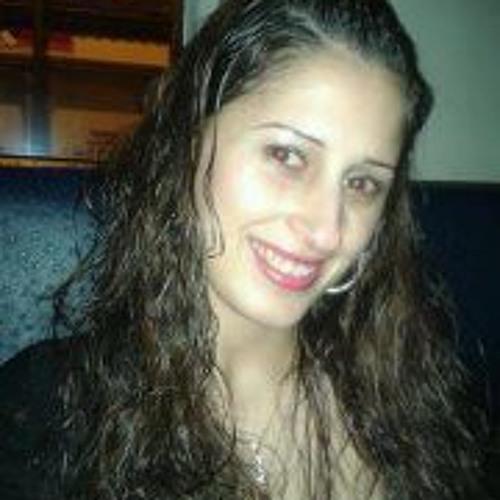 Dina Marisa's avatar