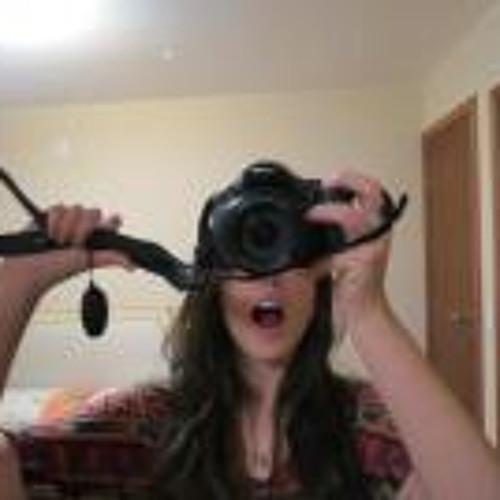 Victoria Dias 5's avatar