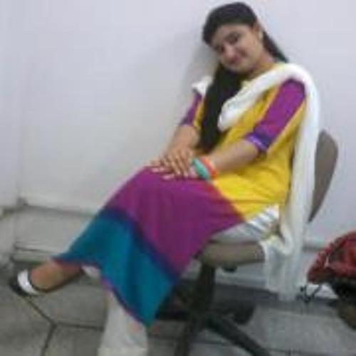 Hadia Qadeer's avatar