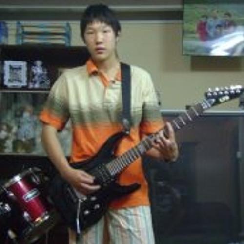 Hee Sung Ryu's avatar