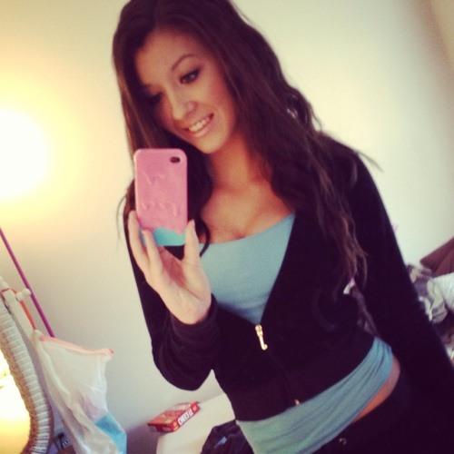 ciara menzies's avatar