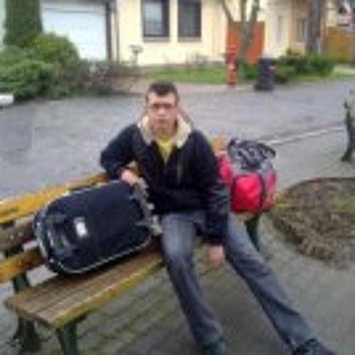 Emil Bodor's avatar