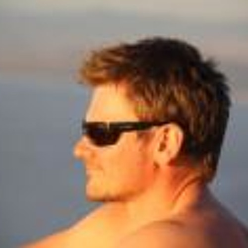 Tom Stono's avatar