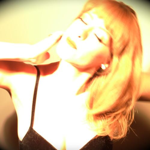 Loretta Lucas's avatar