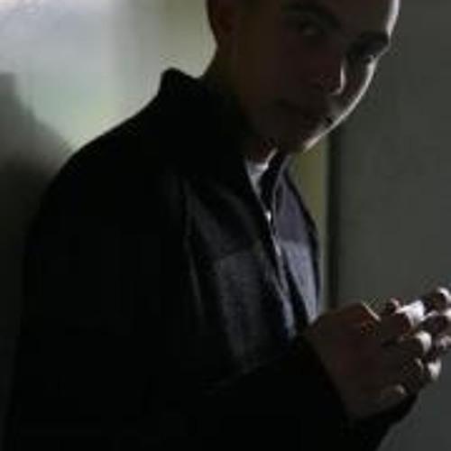 Mo'men Taha's avatar
