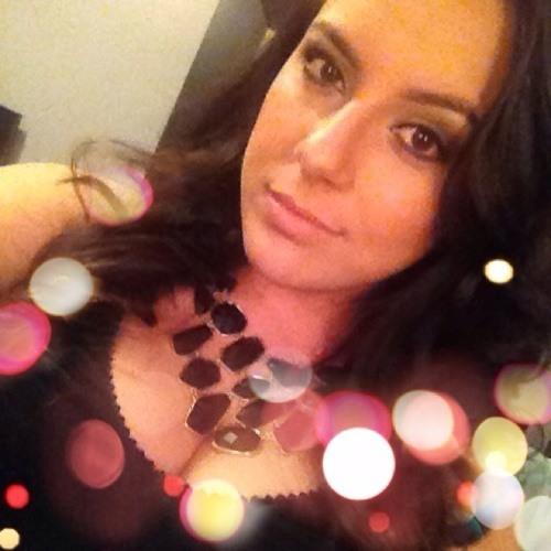 Suzy Zanette's avatar