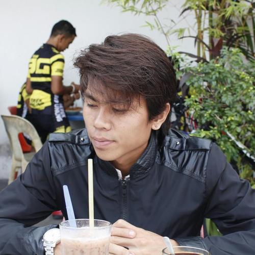 Allen Vang 2's avatar
