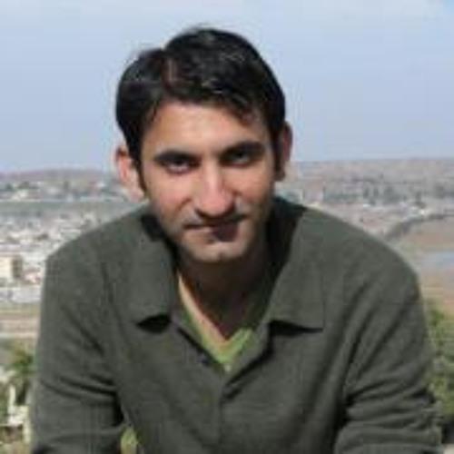 zeshaniqbal's avatar