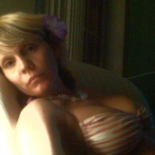 kirstie8992's avatar