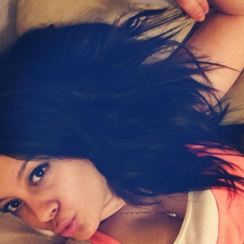 Mia Contreras's avatar