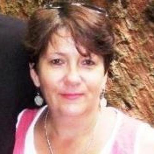 Serena Bates's avatar