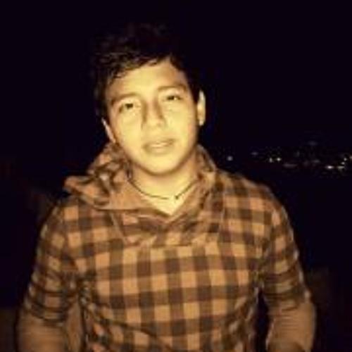 Chuy Vega Fernandez's avatar