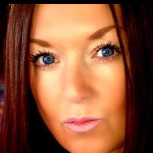 julieanne76's avatar