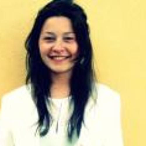 Michelle Tjioe's avatar