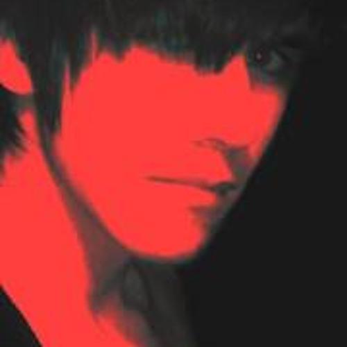 Fran Lazaro's avatar