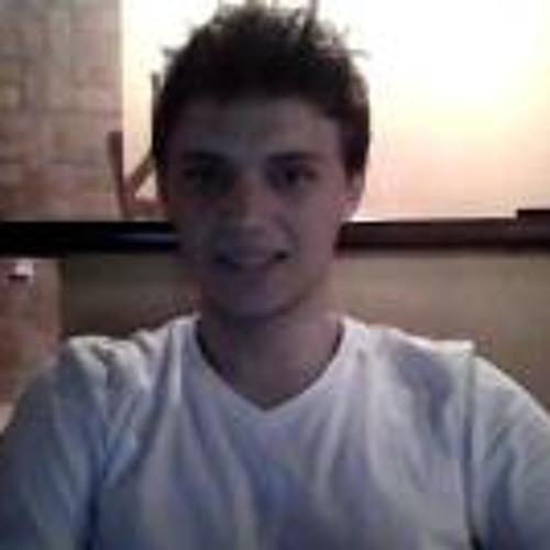 Italo Kuhn's avatar