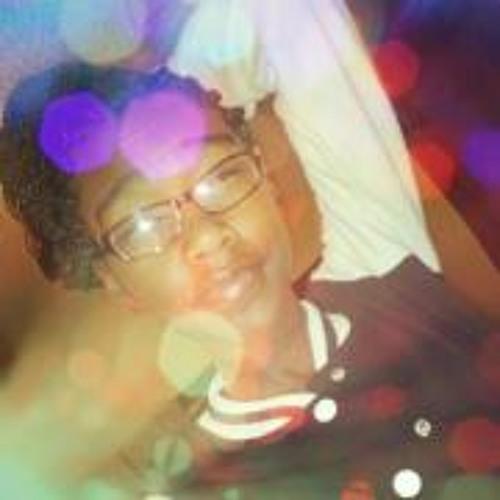 Angel Batey's avatar