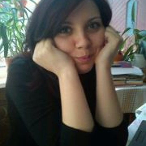 Adriana Corlatan's avatar