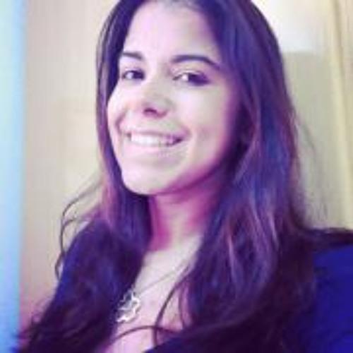 Luciana Serrano's avatar