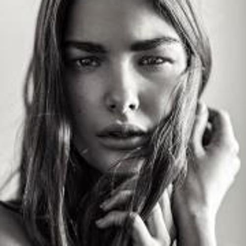 Ophélie Guillermand's avatar